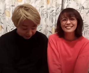 小林麻耶のYouTubeで怖いと言われる笑顔